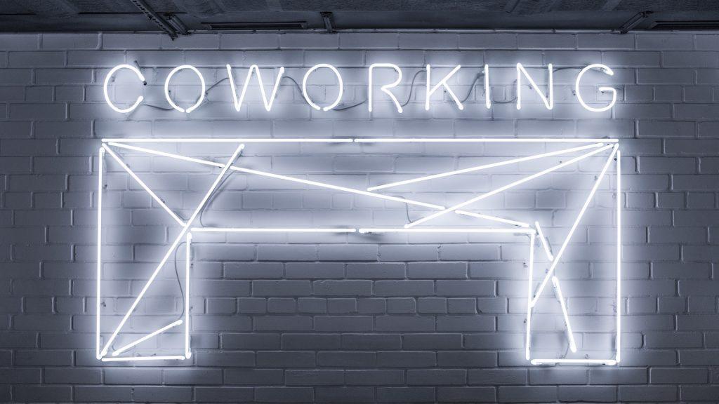 Travailler dans un espace de coworking pour améliorer votre productivité