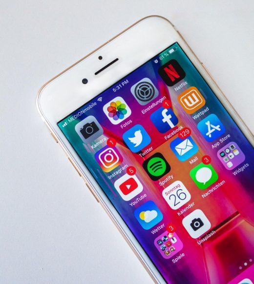 Iphone et applis réseaux sociaux